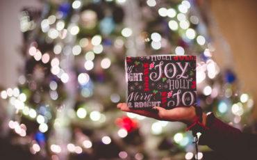 Χριστούγεννα: Πώς μπορώ να βοηθήσω; - Mia Ora